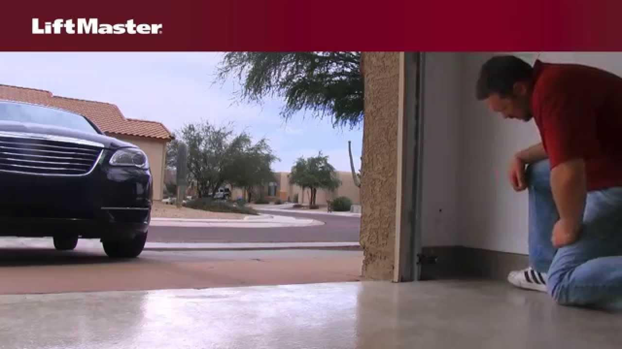 liftmaster why won't my garage door close